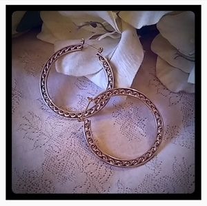 Vintage Round Twisted Rope Detail Hoop Earrings